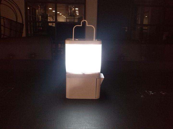 SALTのランプ、点灯するとこのようになります。