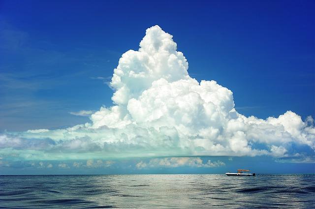 海。見様によっては資源です。