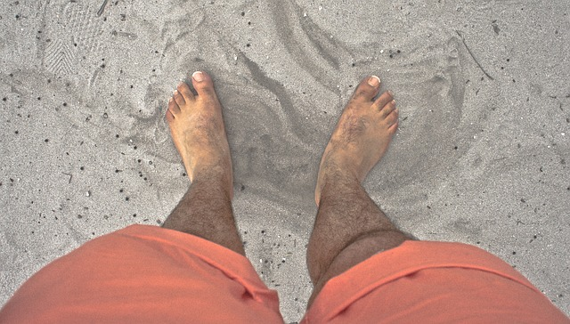 一日裸足で過ごすと、どのくらいの痛み、汚れがあるのでしょうか?