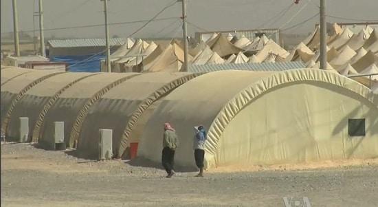 難民キャンプ