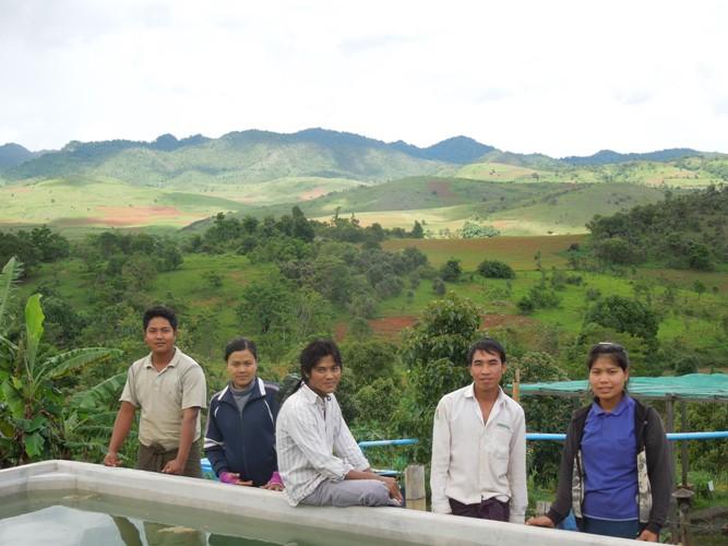 ミャンマー農家